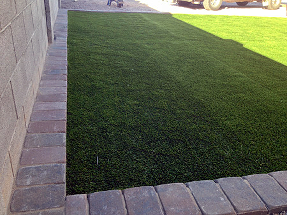 Fake Lawn Vanderbilt Texas Landscaping Business Front Yard