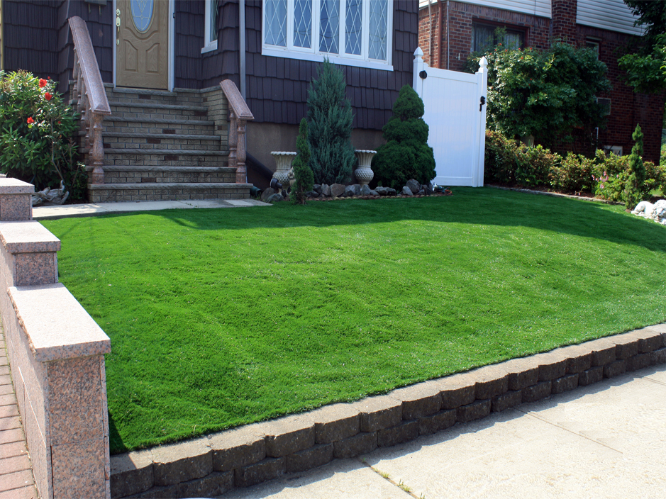 Attractive City Front Yard Landscaping Ideas Part - 3: Artificial Grass Houston, Texas. Synthetic Grass. Fake Grass.