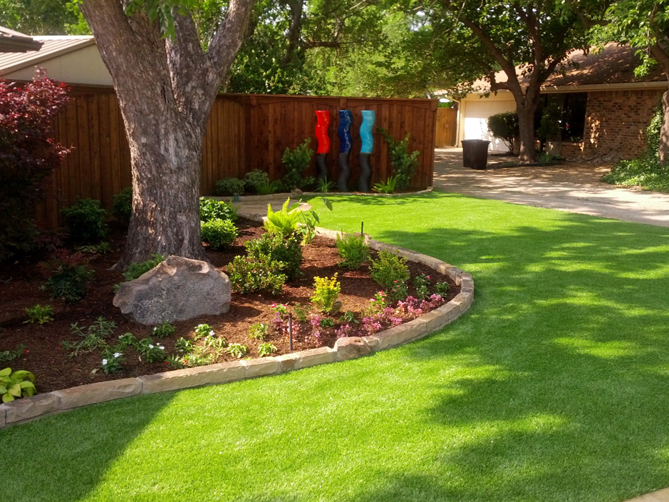 Fake Lawn Giddings Texas Landscape